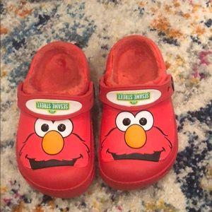 Elmo Crocs Size 8/9